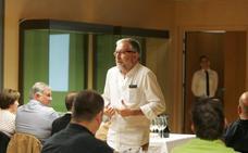 El 'titiritero' de Jerez llega al Gourmet con vinos centenarios del marco