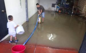 Una treintena de viviendas anegadas por la lluvia en Atarfe