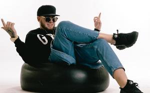 Maka presenta 'Dvende' en Maracena, su disco más positivo