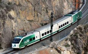 El ministro Ábalos hará el recorrido de la línea del AVE a Granada con el tren en pruebas el próximo 25