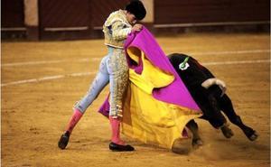 Ginés Marín, la nueva sensación del toreo, Capote de Paseo de la Feria Taurina de Almería