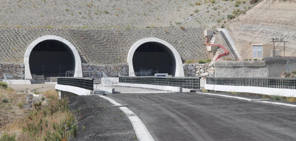 El Consejo de Ministros encarga hoy a ADIF que contrate el AVE de Almería