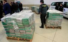 El exjefe antidroga de la Guardia Civil que está acusado de narcotráfico se sienta en el banquillo el 1 de octubre