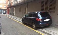 El alcalde de Granada asume el «error» de aparcar su coche en un lugar prohibido: «No tiene justificación ninguna»