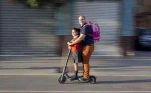 Todas las dudas sobre el patinete eléctrico, el nuevo medio de transporte en la ciudad