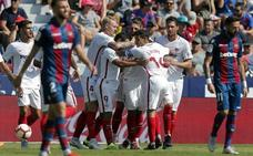 El Sevilla se da un festín a costa de un irreconocible Levante