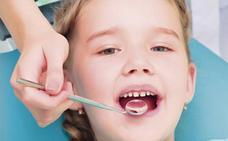 En la Clínica López Gollonet se ocupan de la salud bucodental de tus hijos