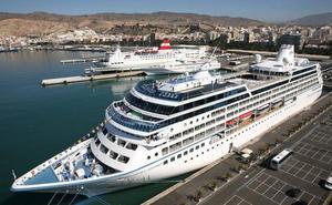El crucero 'Azamara Journey' hace escala este lunes en Almería