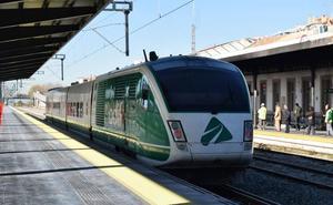 El AVE de Granada cumple diez meses en pruebas
