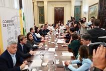 Reunión del ministro de Fomento con la Mesa del Ferrocarril de Granada