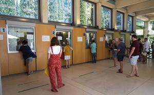 Desconvocada la concentración de agencias de viajes contra el sistema de gestión de entradas de la Alhambra