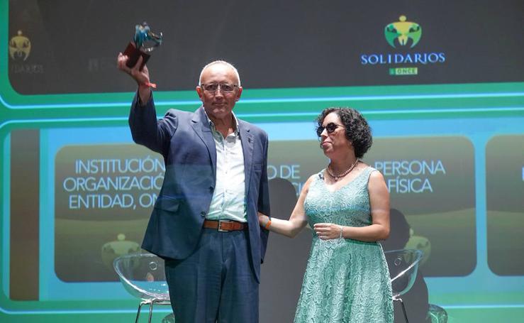 La ONCE entrega en Granada sus Premios Solidarios