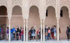 Todo lo que debes saber para reservar entradas para las visitas guiadas gratuitas a la Alhambra, si vives en Granada