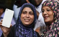 India despenaliza la ley contra el adulterio que trataba a la mujer como un objeto