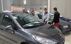 ¿Cuánto tardan los españoles en decidir a la hora de comprar un coche?