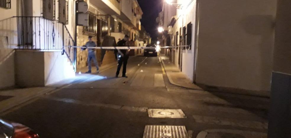 Tres detenidos por disparar una docena de veces contra la casa de una mujer en Haza Grande