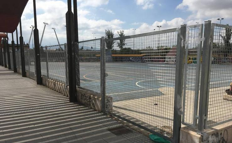 La Policía Local de Granada recibe 8 llamadas diarias por el botellón