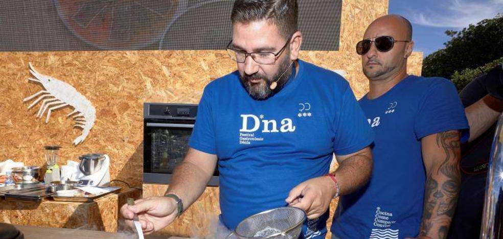 Dani García exhibe su maestría en la preparación del atún