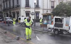 La limpieza de cera de la procesión de la Patrona concluye hoy con 1.300 kilogramos, un 10% más que en 2017