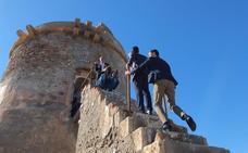 La reforma del torreón de Cabo de Gata, a expensas de una firma