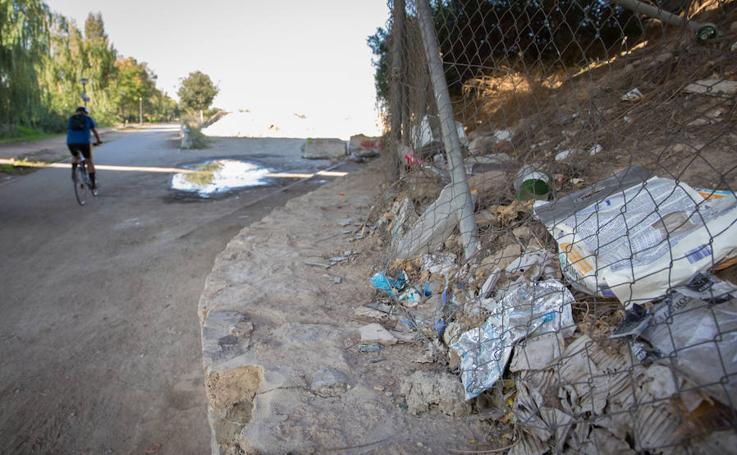 La suciedad en los ríos Genil, Darro y sus alrededores
