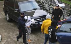 Seis años de internamiento para los dos menores que mataron a los ancianos en Bilbao