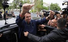 Los brasileños eligen presidente con el ultraderechista Bolsonaro como favorito