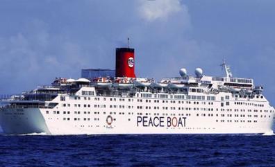 El 'Barco de la Paz' desembarcará el martes en Motril con unos 1.200 cruceristas