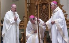 El jefe de los obispos sale en defensa del Papa desmontando las acusaciones de Viganò