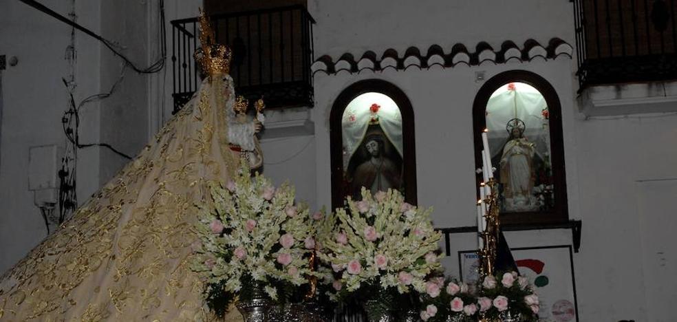 Lanjarón celebra sus fiestas en honor a su patrona, la Virgen del Rosario