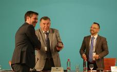 El profesor Simón J. Suárez Cuadros recibe la Medalla de Oro de la Universidad Nacional 'Taras Shevchenko' de Kiev