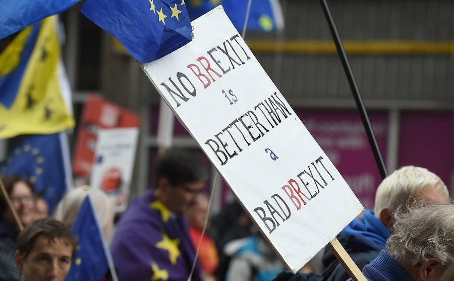 Al menos 40 diputados conservadores, dispuestos a rechazar el acuerdo de May para el 'Brexit'