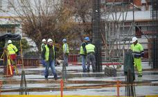 Dos tercios de los trabajadores de Almería no llegan ni siquiera a 1.000 euros de sueldo