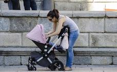 ¿Cómo puedes reclamar a Hacienda el IRPF del permiso de maternidad?