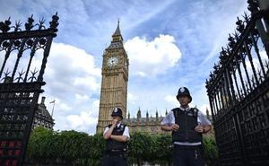 Vomitonas en las oficinas de los diputados del Palacio de Westminster