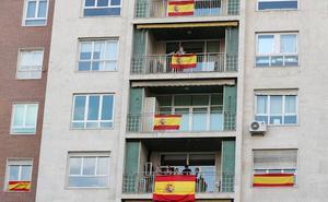 Pacheco anima a los almerienses a lucir en las ventanas la bandera de España el 12 de octubre