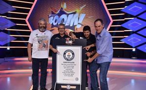 'Los lobos' de '¡Boom!' reciben el Premio Guinness de permanencia en un concurso