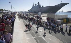 El mayor buque de guerra construido en España, rumbo a Motril