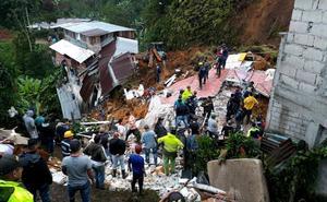 Doce muertos por un deslizamiento de tierra en el centro de Colombia