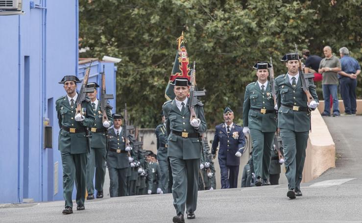 La Guardia Civil celebra en la comandancia de Granada el día de su patrona