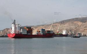 El puerto de Almería es el segundo de España que más graneles sólidos exporta