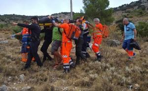 Rescatan a un parapentista tras sufrir un accidente en una zona de montaña en Mancha Real