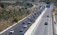 Retenciones en Madrid y en la costa marcan el inicio del puente del Pilar