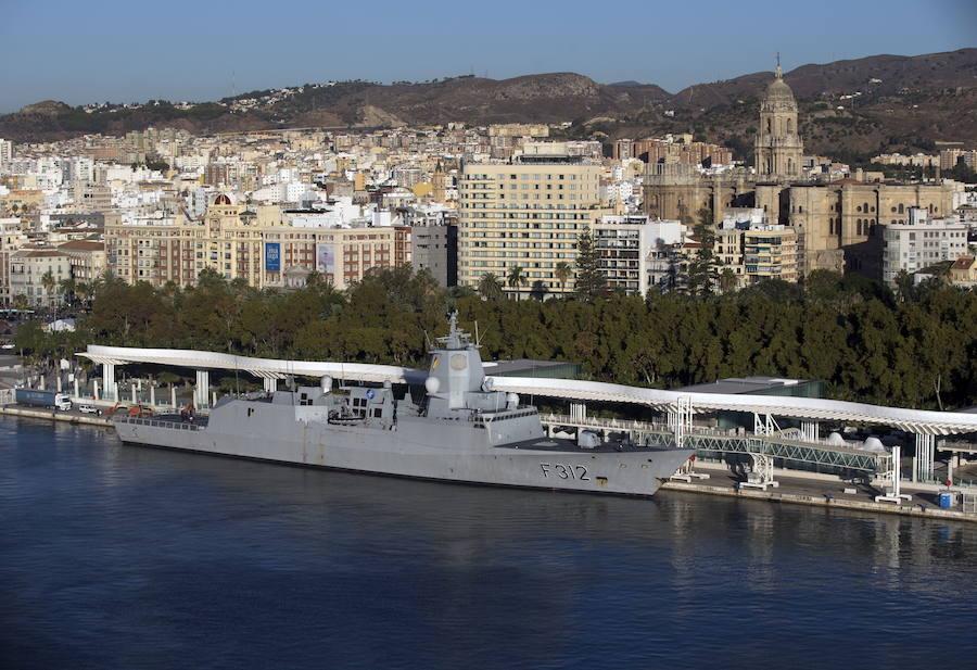 El portaaeronaves Juan Carlos I, que visitarán 14.000 personas, llega el viernes a Motril