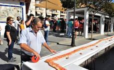 Órgiva elabora «la tostada más grande de Andalucía» en la celebración de su I Desayuno Ecológico
