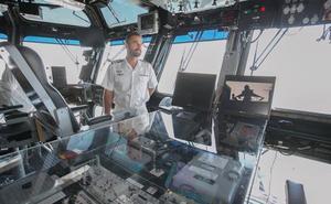 ¿Cómo es el interior del portaviones Juan Carlos I?
