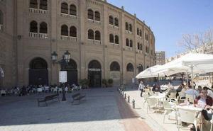 Dos jóvenes hospitalizados tras una pelea de madrugada en la zona de Plaza de Toros
