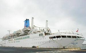 El crucero 'Marella Spirit' hará escala en Almería este lunes debido al huracán 'Leslie'