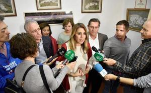 Susana Díaz dice en la Alpujarra que si obtiene la confianza mayoritaria hablará «con todos los partidos»