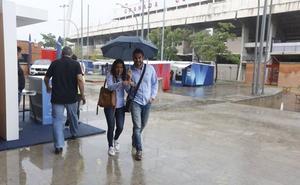 'Leslie' deja en Granada diez litros por metro cuadrado en una hora y vientos de 40 kilómetros por hora